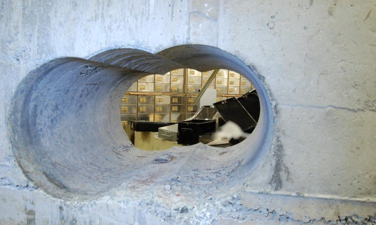 Hatton Garden Raid – Time to think about a Safe?